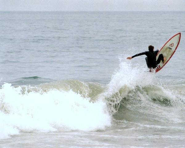 Surfbrett beim Wellenreiten